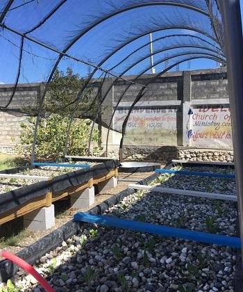 Build an Aquaculture Farm